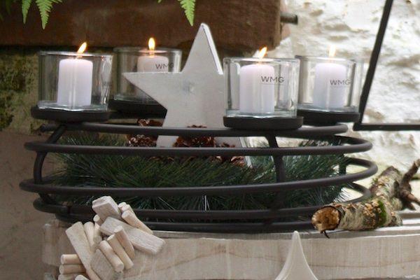 creatina adventskranz aus metall schwarz mit. Black Bedroom Furniture Sets. Home Design Ideas