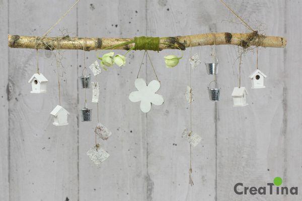 creatina ast aus birkenholz zum aufh ngen mit holzblume und deko 118 cm lang. Black Bedroom Furniture Sets. Home Design Ideas