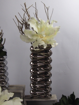 creatina vase in wellenform aus keramik in silber gl nzend 39 5 cm hoch. Black Bedroom Furniture Sets. Home Design Ideas